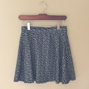 Mini skater skirt | size XS/S | Fall fashion